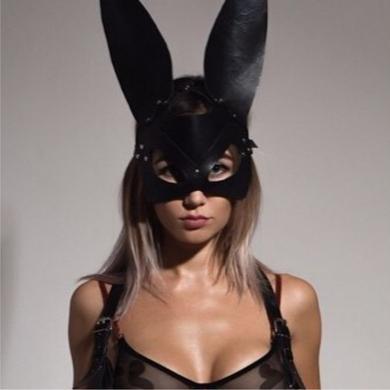 """Маска Bunny ручной работы из натуральной кожи черная """"Black Mama"""""""