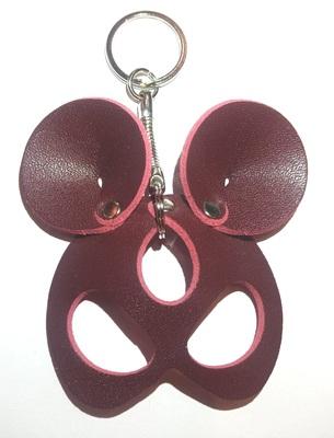"""Брелок ручной работы """"Black Mama"""" из натуральной кожи Mouse бордовый"""